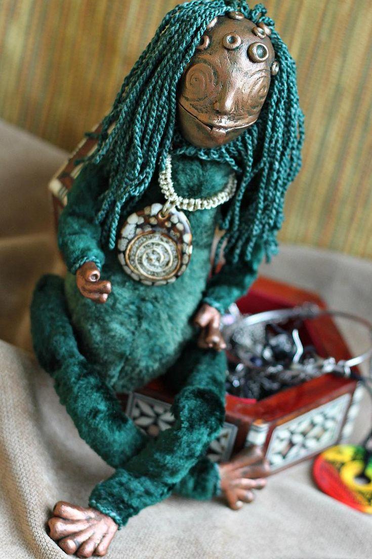 Green frog fantasy toy positive inspiration yoga dolls