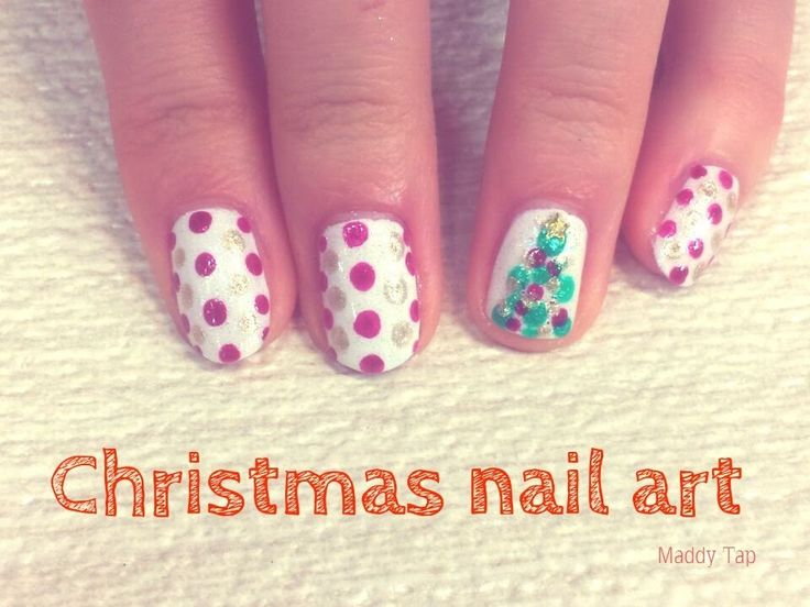 "Nail art natalizia facile, veloce e colorata! Premi ""play"" per seguire il tutorial! #nailart #natale #tutorial #christmas #alberodinatale #youtube"