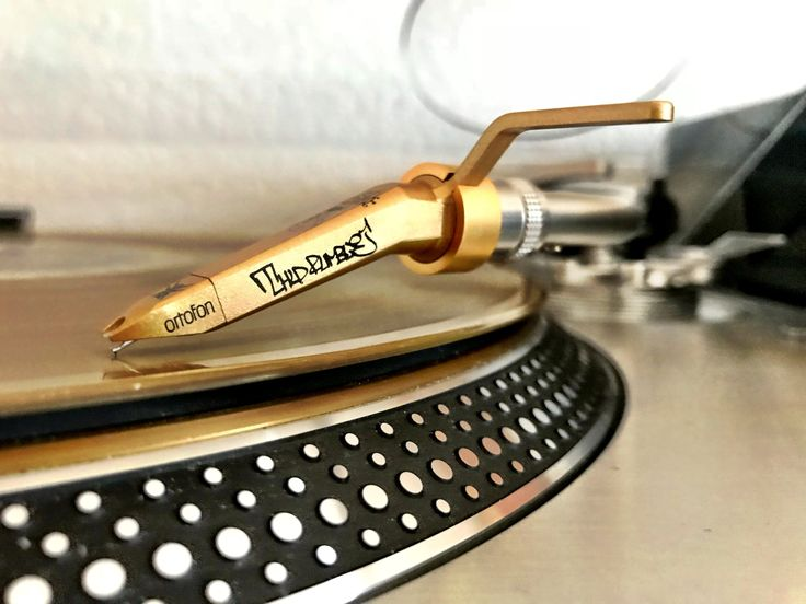 The limited DJ Qbert Concorde mounted on a Technics SL-1200GAE turntable