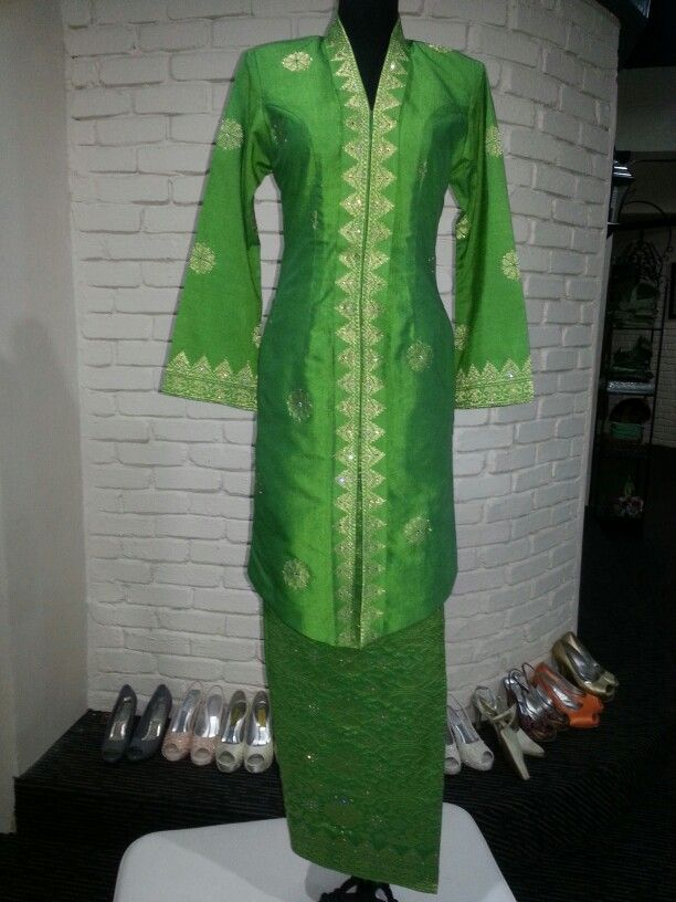 Malay  Traditional Kebaya Songket Tenun