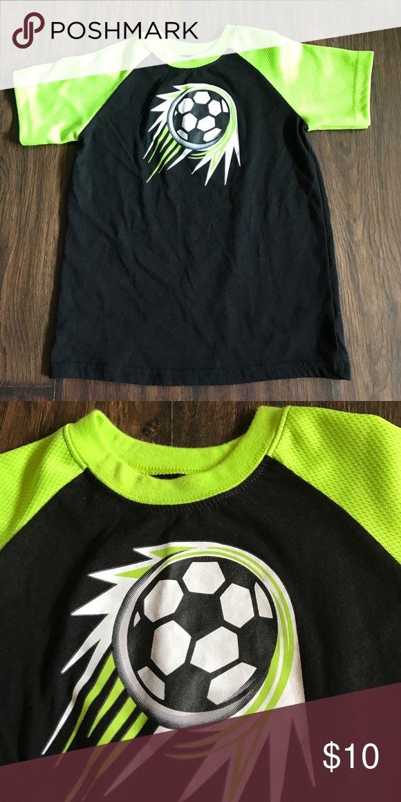 5T Neon Green Soccer T-shirt 5T neon green and black soccer Garanimals t-shirt Shirts & Tops Tees - Short Sleeve