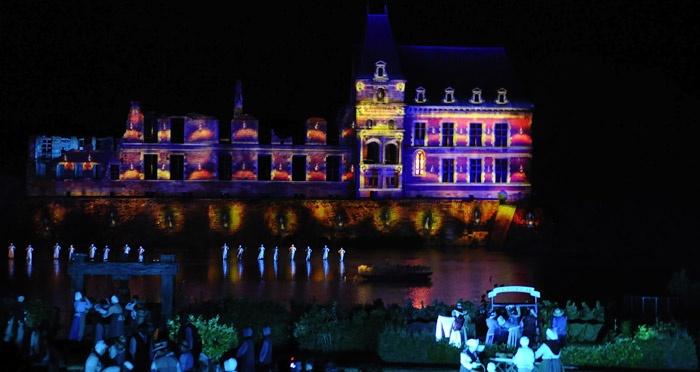 La Cinéscénie - Puy du Fou #PuyduFou #colors #Cinescenie #beautiful #amazing #spectacle #show