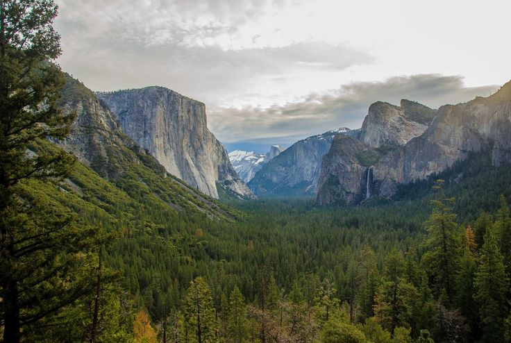 Valley View.  Photography by Sivaguru Noopuran.   Photographed at Yosemite National Park, Yosemite Village, CA