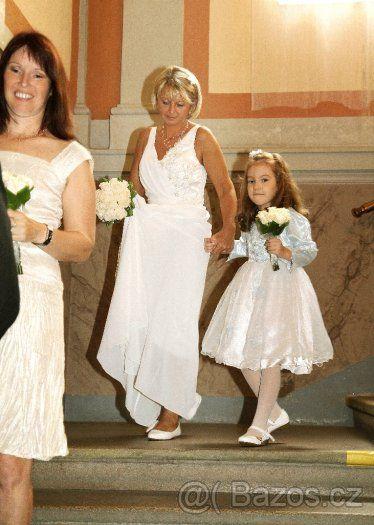 Elegantní, klasické svatební šaty - 1