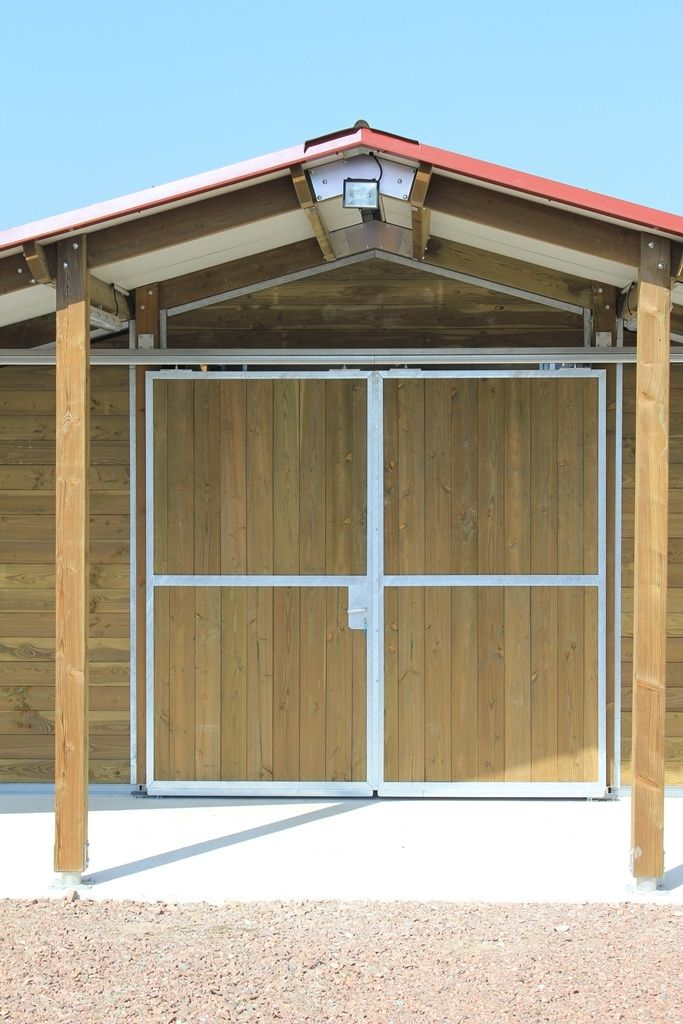 Portail d'écurie coulissante en bois 2 vantaux