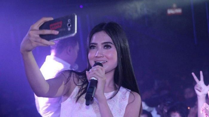 Download Mp3 Jangan Nget Ngetan Nella Kharisma Lagu Dangdut