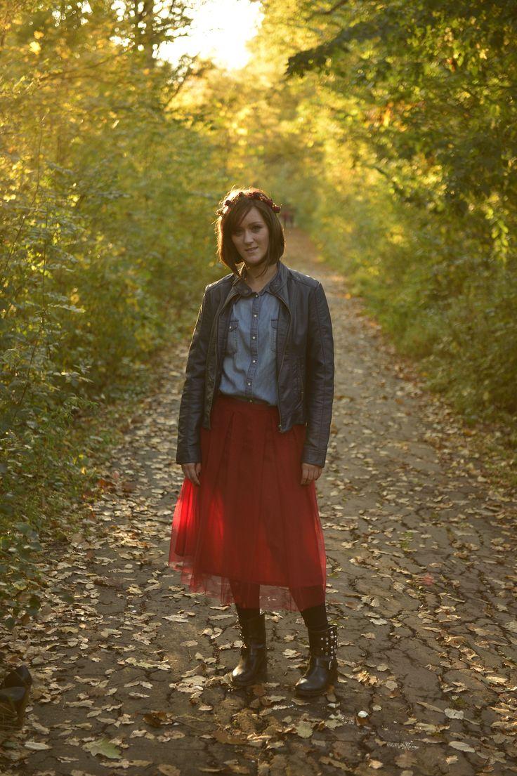 Red tulle skirt short autumn flower crown
