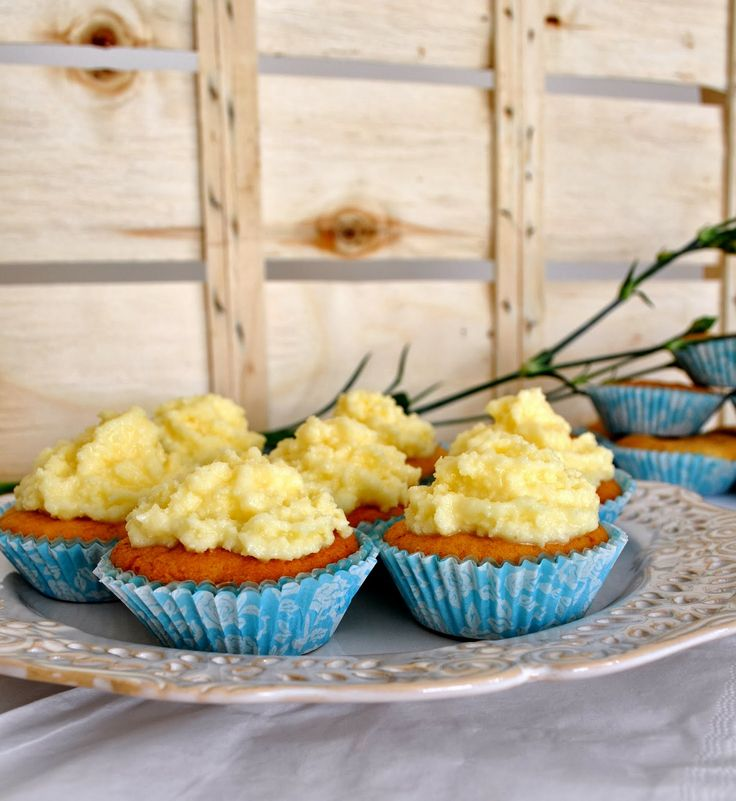 Sweet pear cupcakes with eggnog frosting. So yummy!
