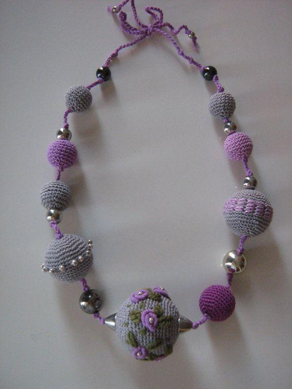 Crochet jewelry Monami / by Suzann61