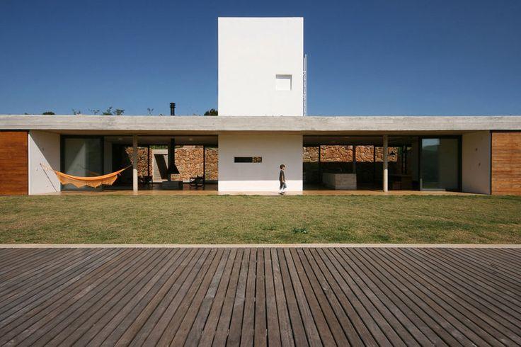 Una Arquitetos — House in Joanópolis