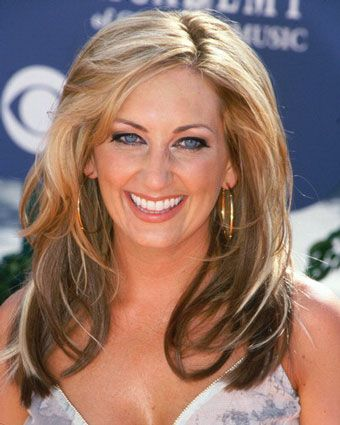 Lee Ann Womack. She's good drinkin' music. <3