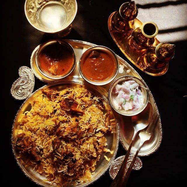 YUMMY TUMMY: Chicken Dum Biryani Recipe / Restaurant Style Chicken Biryani Recipe