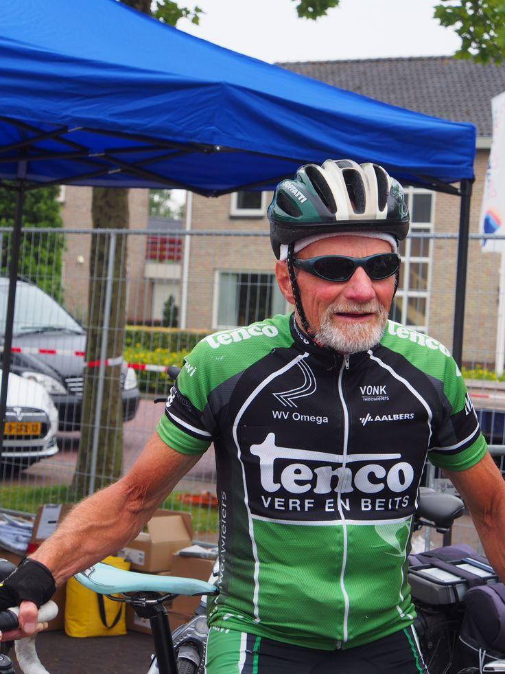 Deze oude man doet de Pieter Weening fietstocht