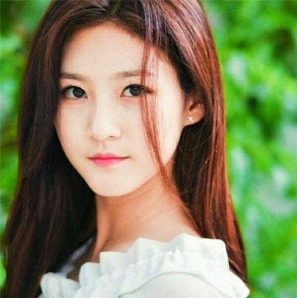 << Kim Sae Ron >>