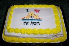 How to Make Edible Cake Images | eHow
