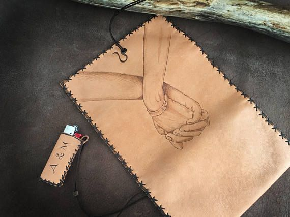 Genuine leather tobacco pouch in natural color. The design was burned with pyrographer and painted with special indelible leather colors. The case can be made for pipe smokes too. Please contact me for costumisation (NOT EXTRA CHARGED) If you are romantic, in love... if you want