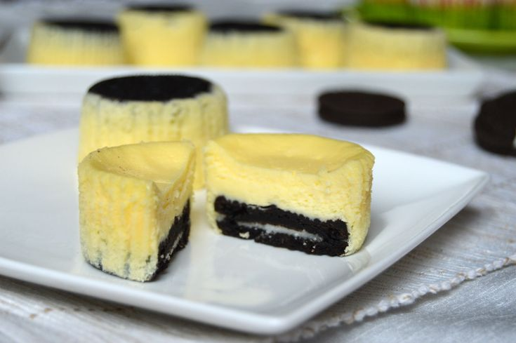 Mini cheesecake cu oreo