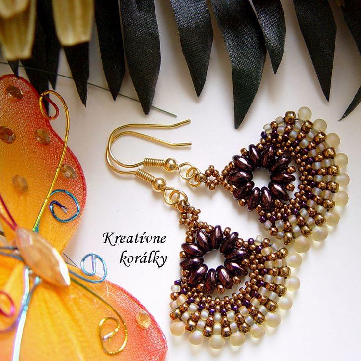 Predávame handmade náušnice z korálok a šité šperky pre ženy. Používame značkové korálky Miyuki, Toho, Superduo, Rulla, Matubo, Preciosa, Swarovski kryštály, perly, drôty, komponenty.
