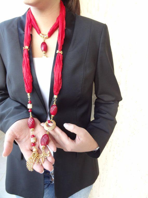 Bufanda roja joyas, collar de seda turco, bufanda collar, collar de oro de Navidad