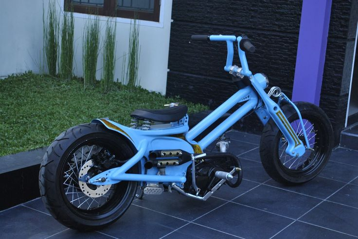 custom honda passport c70 | ... . Worked out to the last detail a C70 with a Honda Win 97cc motor