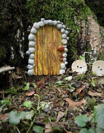 Dekoracja gliniane , bajkowe drzwi. Krasnale, elfy