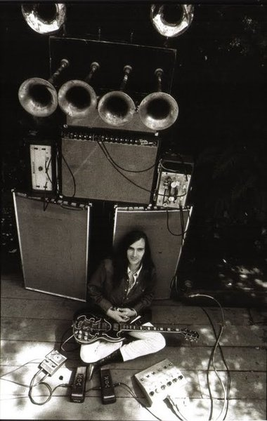 John Cipollina  (Quicksilver Messenger Service) and his unique amp stack now on display, along with one of his Gibson SGs, at the Rock & Roll Hall of Fame.  John's guitar style was as unique and recognizable as his gear.
