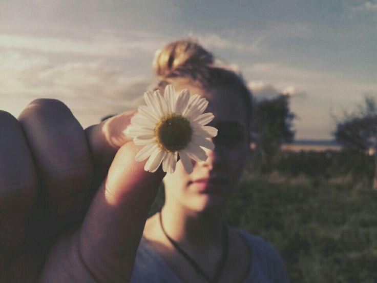 I miss summer  My sister follow she  https://www.instagram.com/sophya_18/