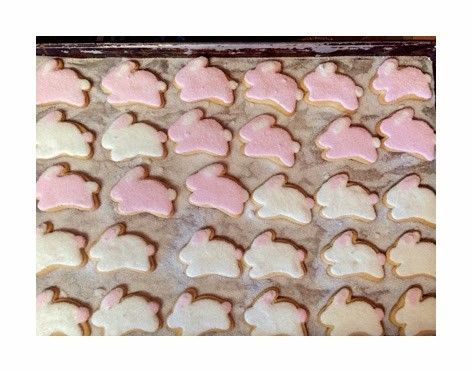 Sweet treats for spring, Delightful Pastries sugar cookie recipe - Chicago Family Entertainment | Examiner.com: Blog Recipes, Easter Recipes, Sunny Days, Pastries Sugar, Sweet Treats, Delightful Pastries, Sugar Cookie Recipes, Warm Breezes, Chicago Morning