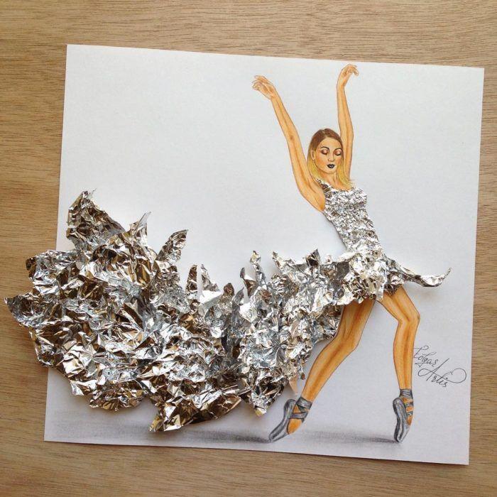 Ilustracion Mujer Con Vestido Hecho De Papel Aluminio Pinturas De Vestidos Dibujos De Diseno De Moda Ilustraciones De Moda