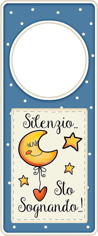 """appendi porta in legno """"Silenzio... sto sognando..!"""" idea regalo, artigianato italiano, made in Italy, con frase scritta, spiritosa, fuori stanza, appendi porta, fuori porta, tavola country: Amazon.it: Casa e cucina"""