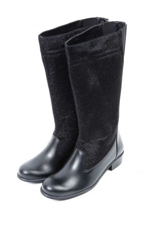 black boots 4u www.happysizes.gr #plussizefashion