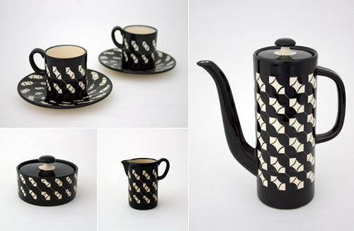 black and white ceramics by Hedwig Bollhagen