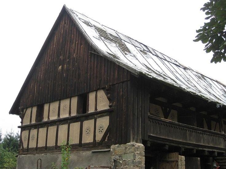 Jeżów Sudecki - Drewniany, dawny Dom Gwarków (1601). Atrakcje ...