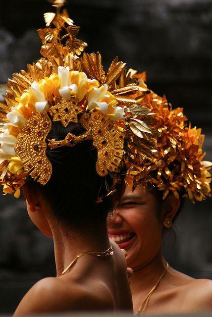 Foto tarian & koreografi pernikahan oleh Bali Dance