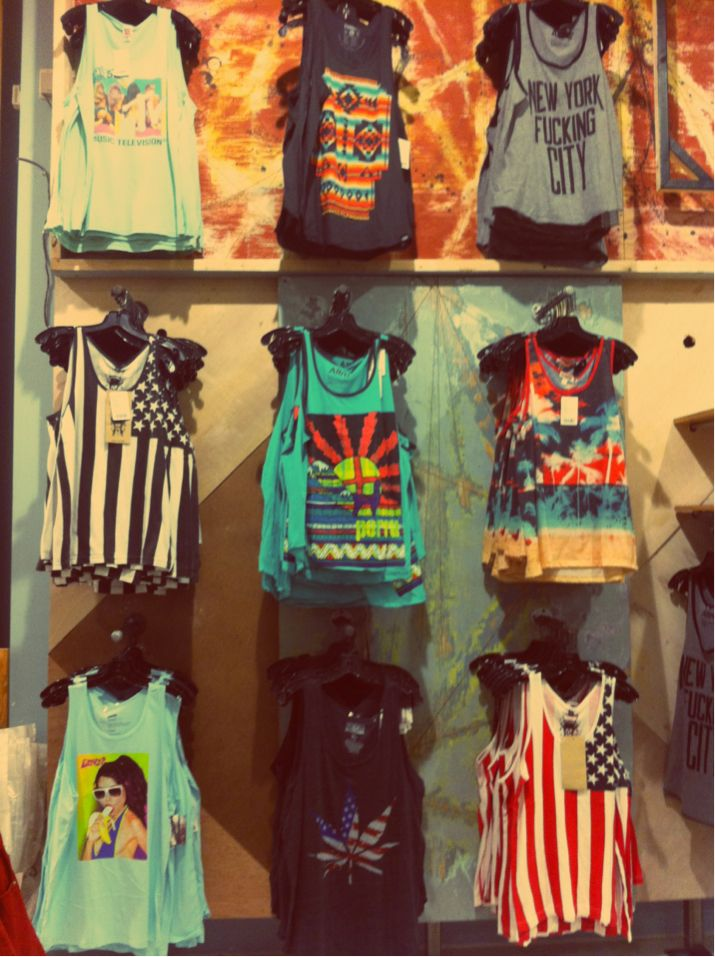 Tanks: Fashion, Style, T Shirt, Tank Tops, Clothes, Dream Closet, Outfit, Graphic Tees, Graphic Tank
