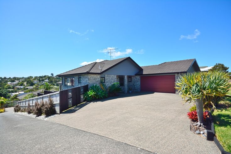 38 Rivervale Grove Stanmore Bay http://rwwhangaparaoa.co.nz/Residential_Property/Auckland/Rodney/Stanmore_Bay/Rivervale_Grove/WPR21939