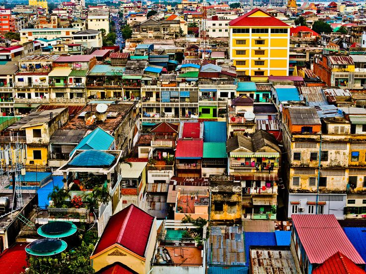 Visiting Phnom Penh: How I Finally Relaxed In a City That Scared Me