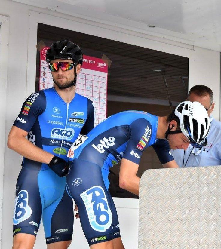 cycling Twink shorts vid tight