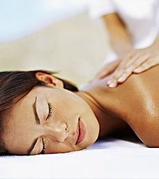 Bliss GlamSpa - Massages