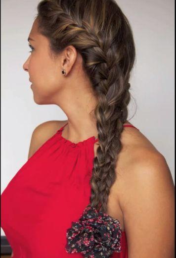 cortes de pelo peinado con trenza de lado