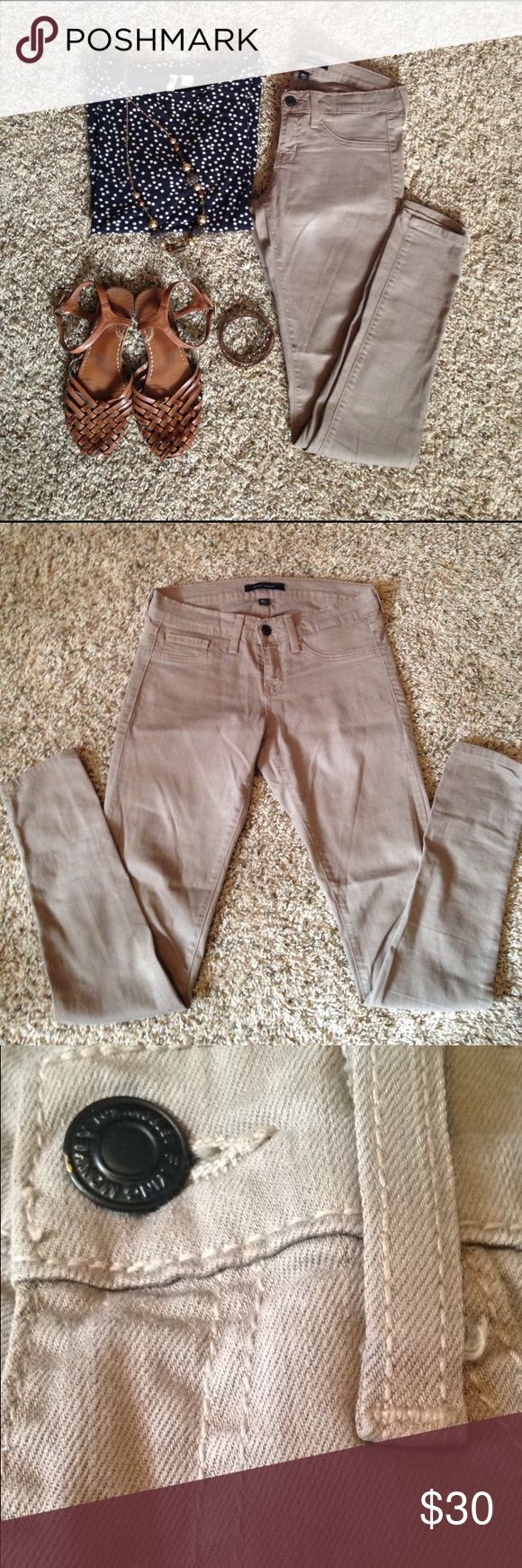 Flying Monkey Tan Skinny Jeans Skinny jeans from Buckle. EUC. Smoke/ pet free home. Make an offer Flying Monkey Pants Skinny