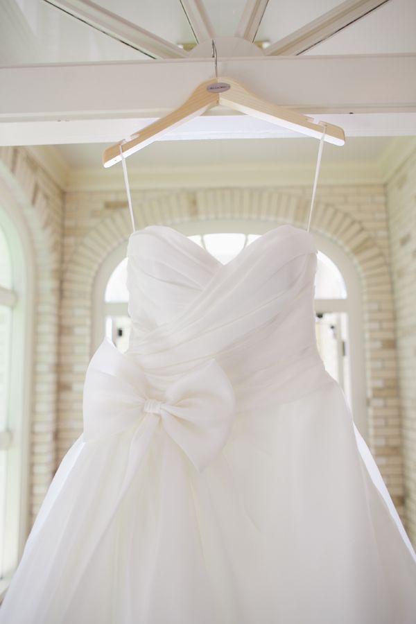 Southern wedding - bow wedding gown