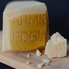 Italian cheese: Parmigiano reggiano
