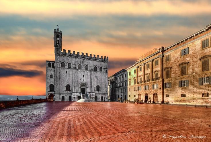 Gubbio (PG) by Giuseppe  Peppoloni