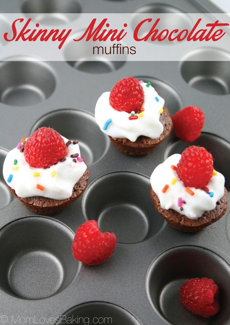 Skinny Mini Chocolate Muffins - A low calorie treat that's easy to make and fun to eat. MomLovesBaking.com