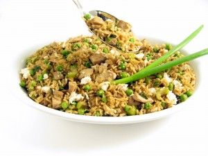Skinny Chicken Fried Rice (low-sodium soy sauce, brown rice,  less oil) -- I will make this soon.