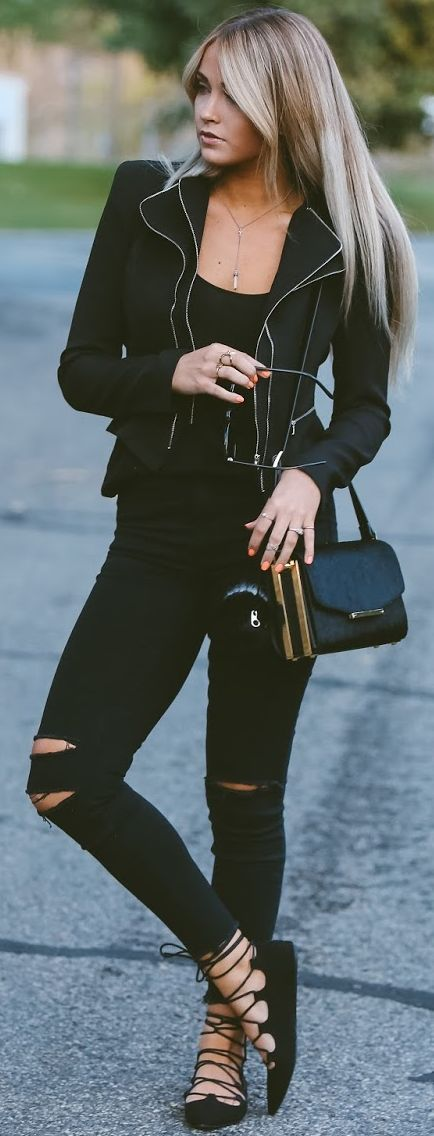 All Black Everything Fall Streetstyle Inspo by Cara Loren
