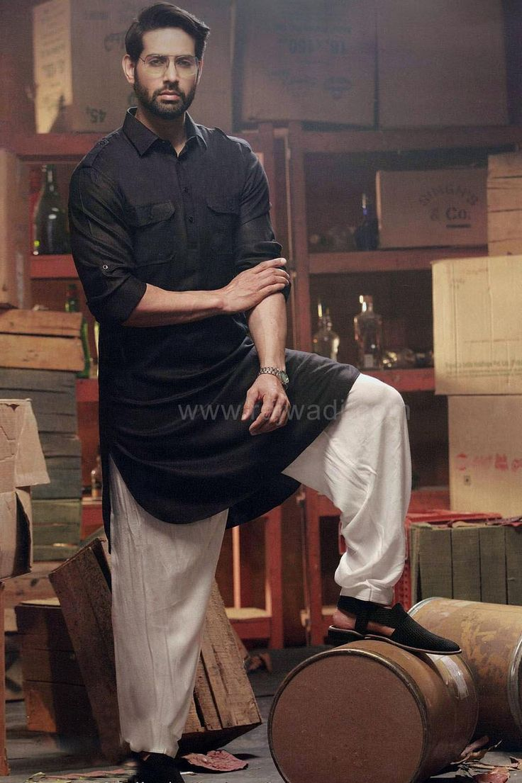 Exclusive Raees Pathani Suit in Black color #contrastbottom #SRK #Raees #pathani #suit #black #designer