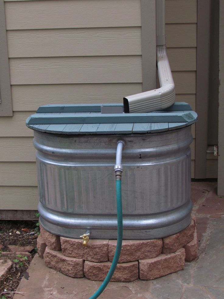 Stock tank rain barrel - might be a project for this summer.