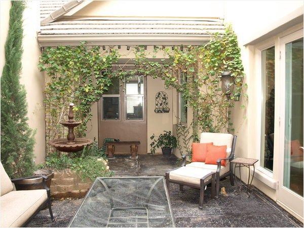 Stunning Courtyard Interior Wall Decorating Ideas ...